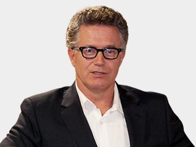 Charles van Commenee